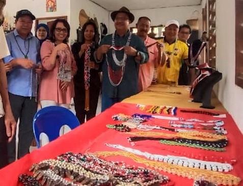 Kraftangan, pelancongan sektor yang beri impak positif, Abidin Madingkir