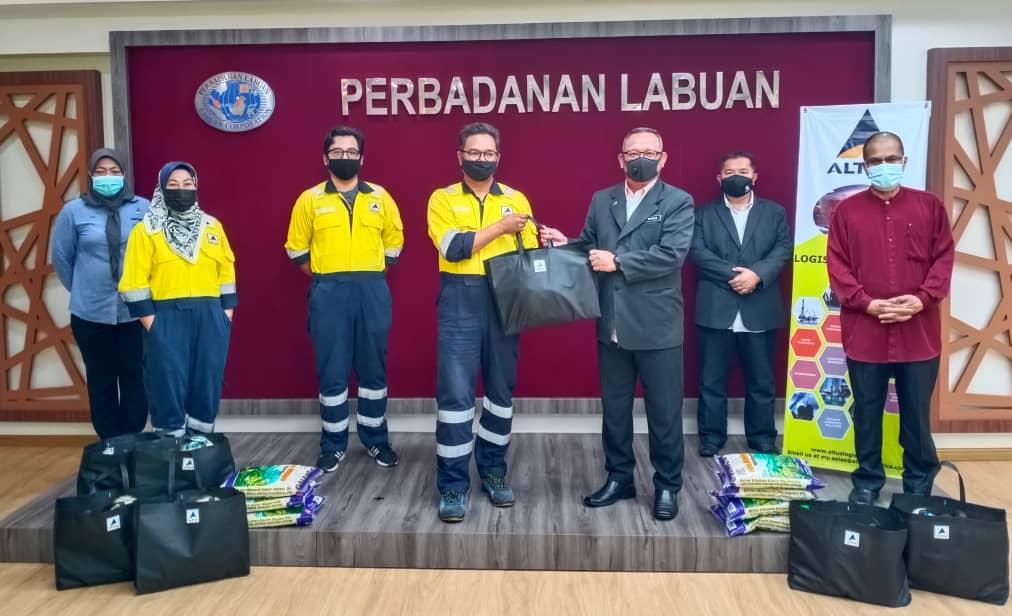 PKOB Labuan terus terima sumbangan bakul makanan dari syarikat swasta
