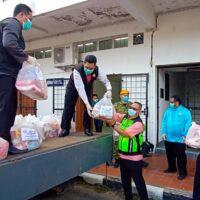 MAIWP Labuan serah 200 kit makanan bernilai RM10,000 kepada JBPD