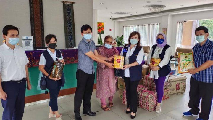 RCKK Pearl donatesfood supplies and groceries worth RM3,000 to Jireh Home