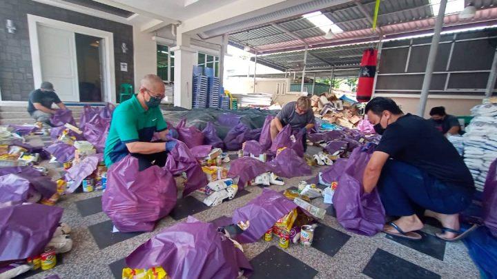 Bantuan Bakul Makanan Parlimen  Labuan  siap untuk diagih