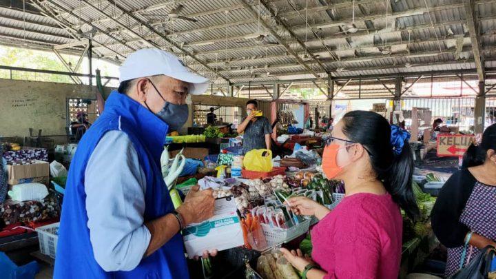 Peniaga, penjaja pasar perlu diberi suntikan vaksin segera