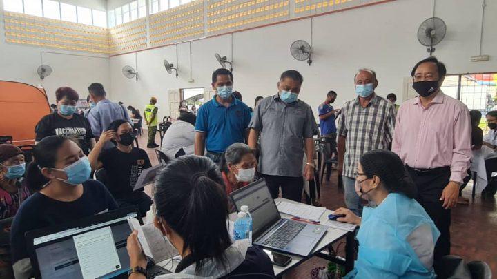 ADUN Bingkor berpuas hati dengan pelaksanaan Program Outreach Pemberian Vaksin di Apin-Apin