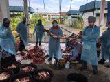 PEKDIS laksana ibadah korban  berkelompok di kawasan Perkarangan Pejabat MAQIS