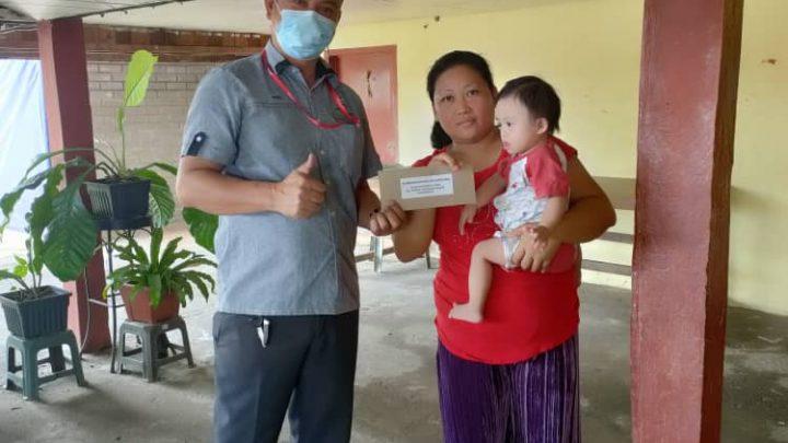 Adik Gary Geordeen terima sumbangan dari ADUN Bingkor