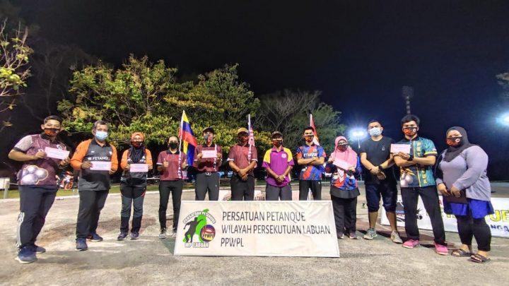 Kumpulan Vicious juara Pertandingan Petanque Mixed Triple Tertutup Labuan 2021